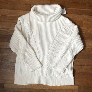 NWT Banana Republic white knit sweater